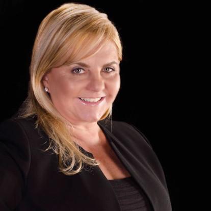 Claudia Fehribach