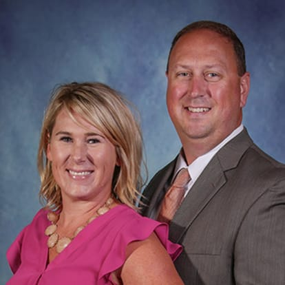 Equis Financial Agent - Dan & Mandi Roberts