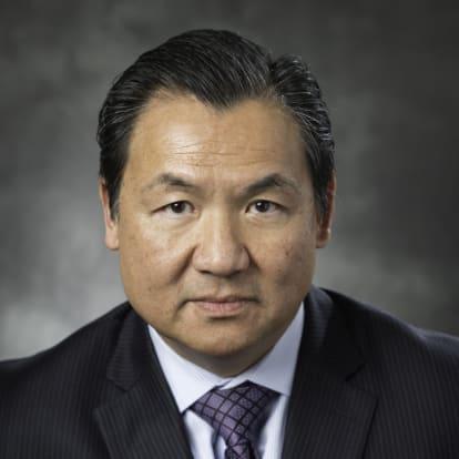 Zoom Nguyen