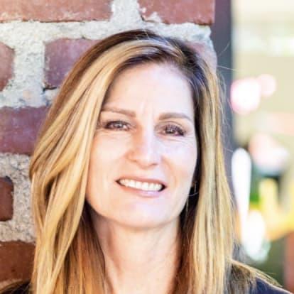 LegacyShield agent Jennifer Panlilio