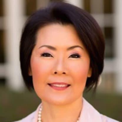 How Money Works Educator - Noelle Kim