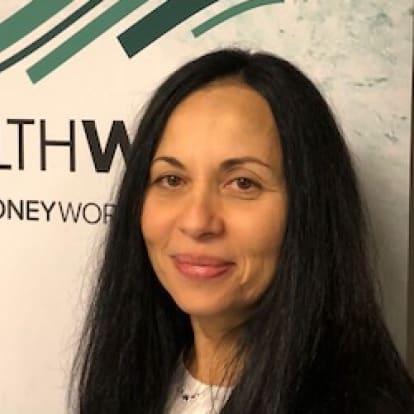 How Money Works Educator - Antoniela  Saglimbeni