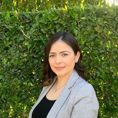 LegacyShield agent Sheri  L. De La Cruz