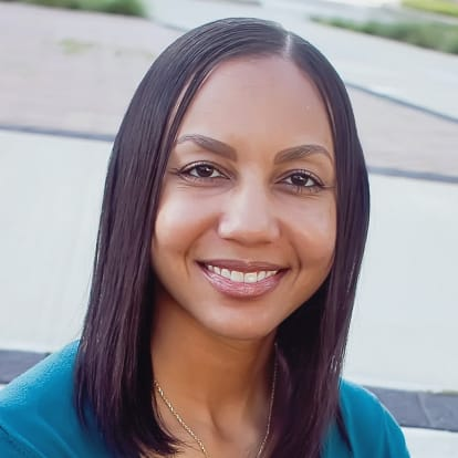 How Money Works Educator - Nikki L. Garry