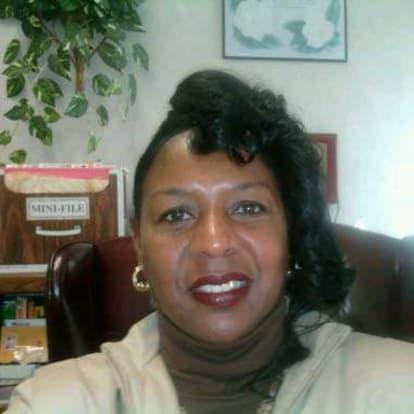 How Money Works Educator - LINDA S. CLARK &. DUANE L. PHELPS