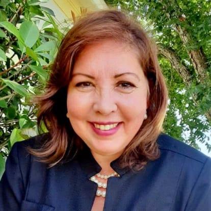 How Money Works Educator - Cora Lita Auckland