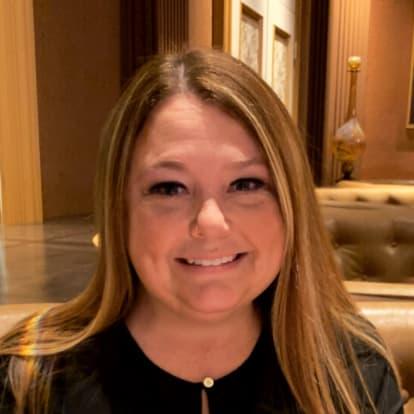 How Money Works Educator - Courtney Arias