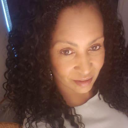 How Money Works Educator - Yolette Cox