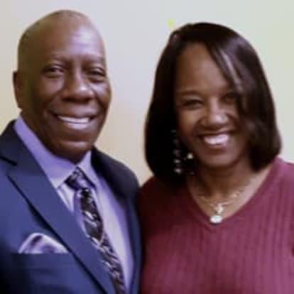 How Money Works Educator - Kerry & Kimberly Francis