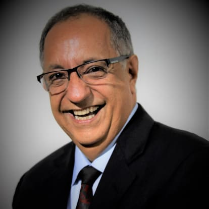 How Money Works Educator - Luis A. Ramirez