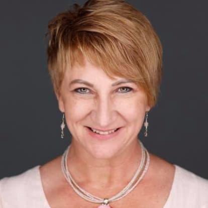 Lorraine Cummings