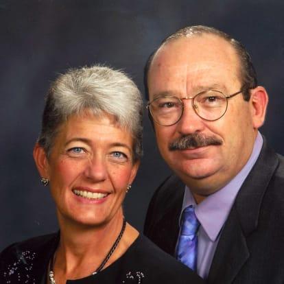 How Money Works Educator - Kimberly & Gary Condreay