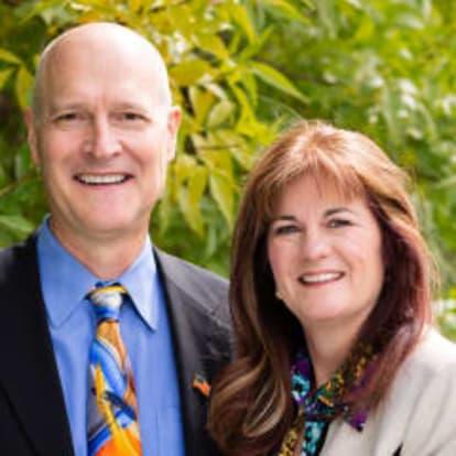 How Money Works Educator - Amanda & Craig Korth