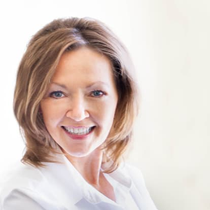 How Money Works Educator - Diane M. Larson