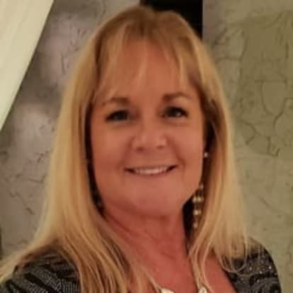How Money Works Educator - Laura  Williams