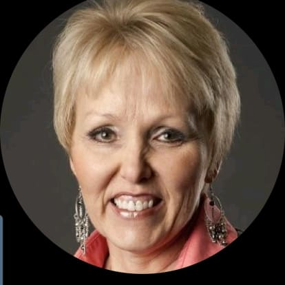 How Money Works Educator - Gina Swapp