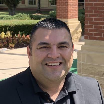 How Money Works Educator - Gabriel Vega
