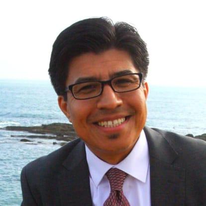 How Money Works Educator - Joshua E. Hernandez