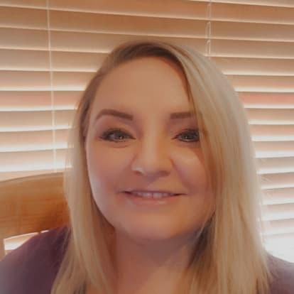 How Money Works Educator - April Gardner