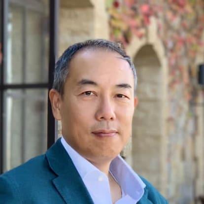 How Money Works Educator - Dominic Leung