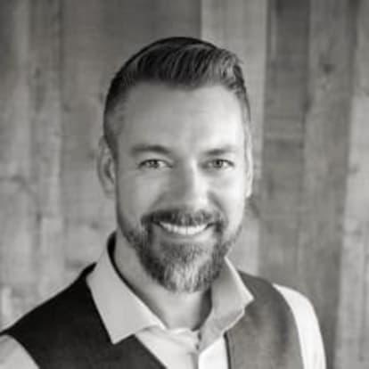 How Money Works Educator - Scott Fravel