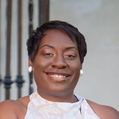 How Money Works Educator - Cynthia Brown