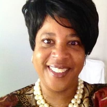 How Money Works Educator - Lorraine Siller