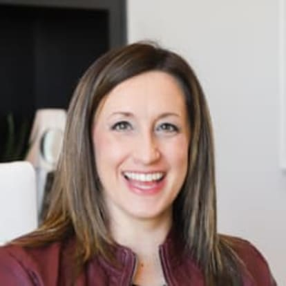 How Money Works Educator - Lyndsey Monahan