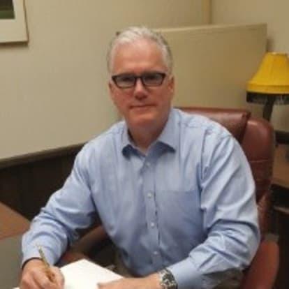 How Money Works Educator - Robert Tuttle