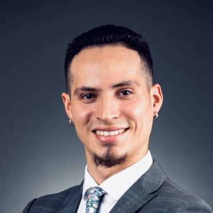 How Money Works Educator - Emanuel Castro